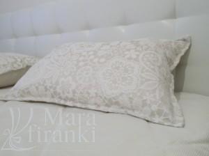 подушка для спальни