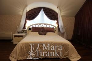 шторы в спальню из плотной ткани, вид спереди